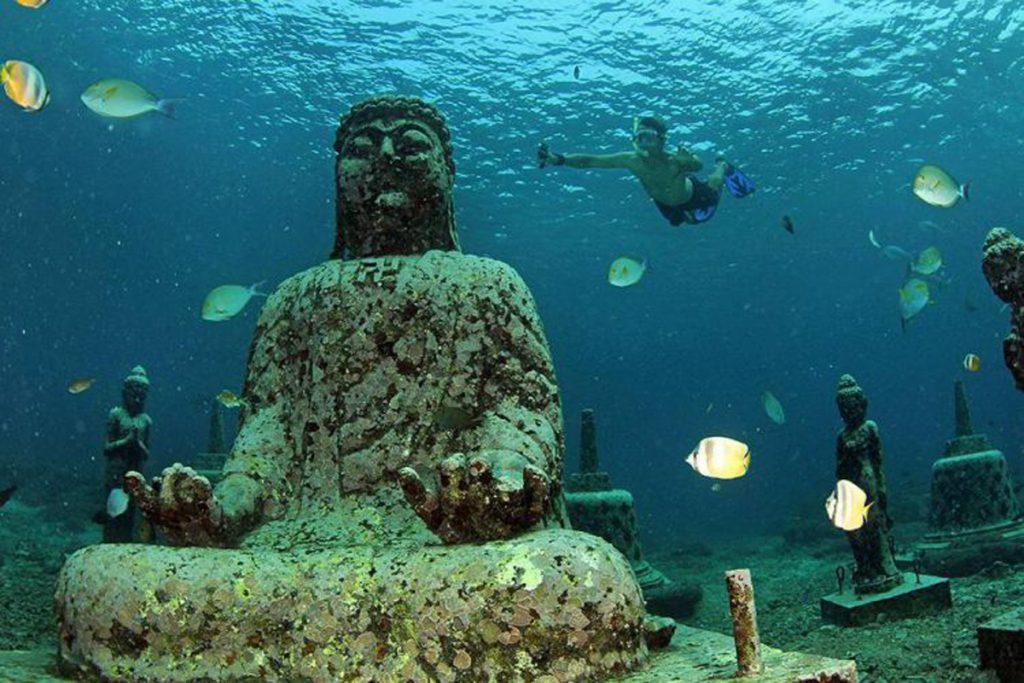 Buddha-Underwater-Point-Lembongan